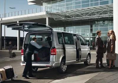 Микроавтобус в аэропорт